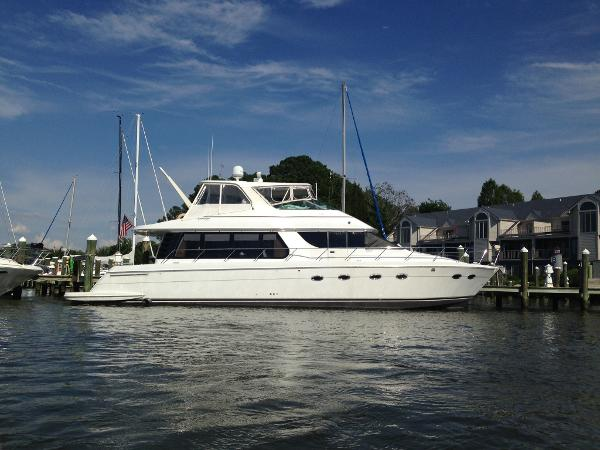 Carver Voyager Pilothouse