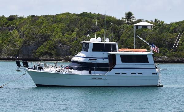 Gulfstar 49 Motor Yacht Stabilized