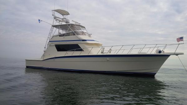 Hatteras 55 Convertible ON THE WATER