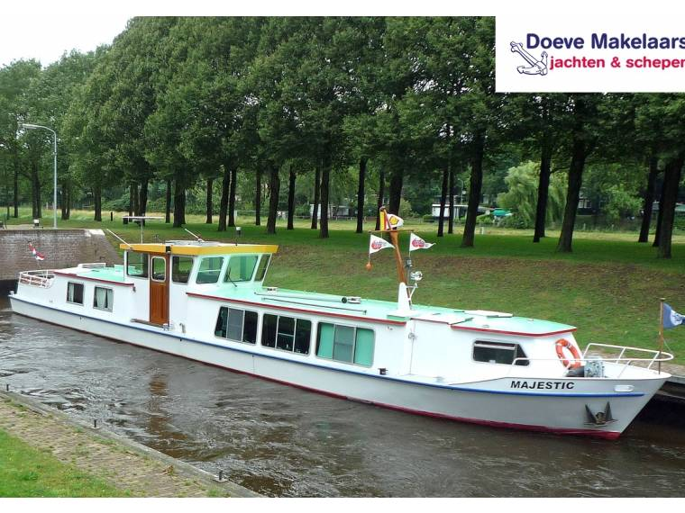 Luxe Motorship 24.95 with TRIWV