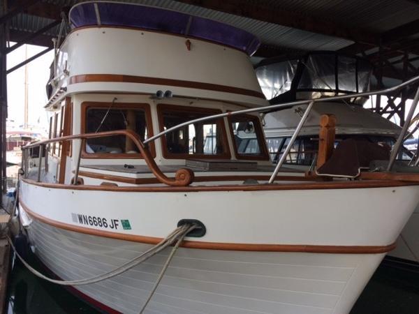 C & L Ranger Trawler