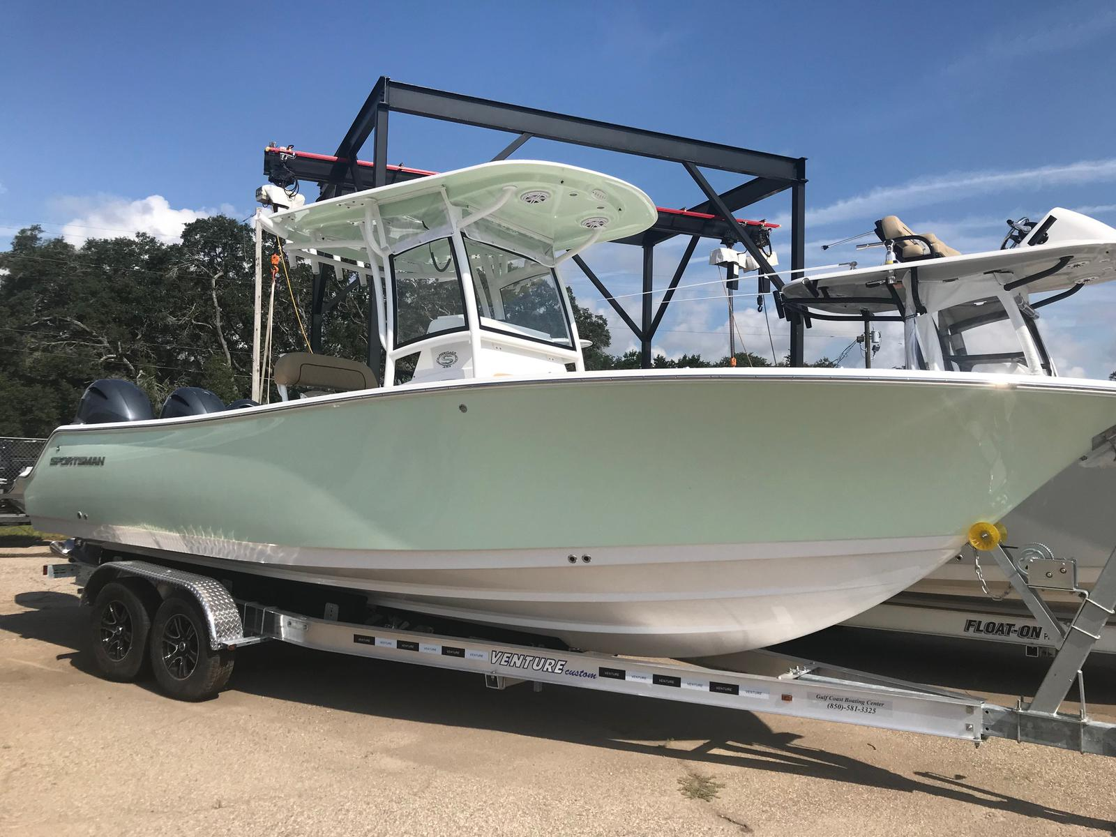 Sportsman Boats Heritage 251 Center Console