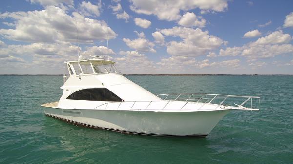 Ocean Yachts 56 Super Sport Starboard Profile