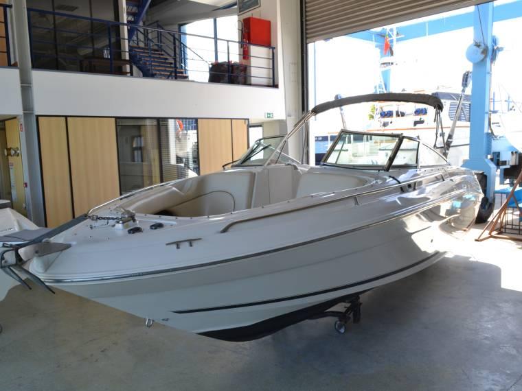 Sea Ray Sea Ray 260 Bow Rider