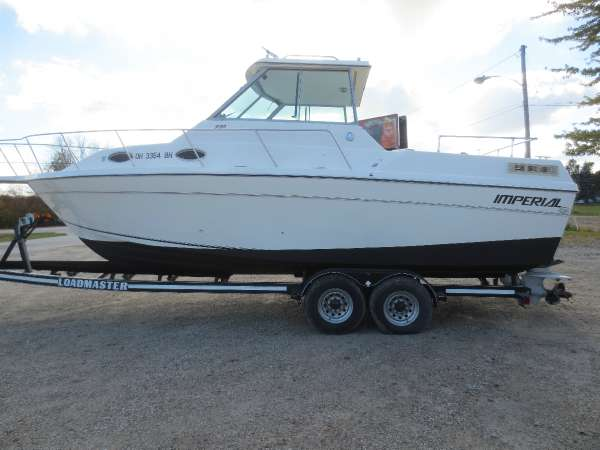 Imperial Boats 270 Fisherman HT