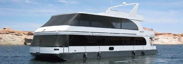 Bravada Houseboat Apollo Share #9 8/23-8/31
