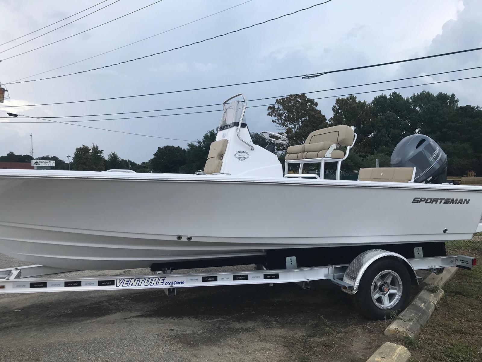 Sportsman Boats Masters 207 Bay Boat
