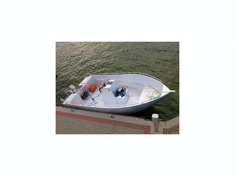 Alu-Konsolenboot Karelli 18