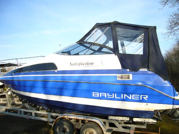 Bayliner 2252 LS