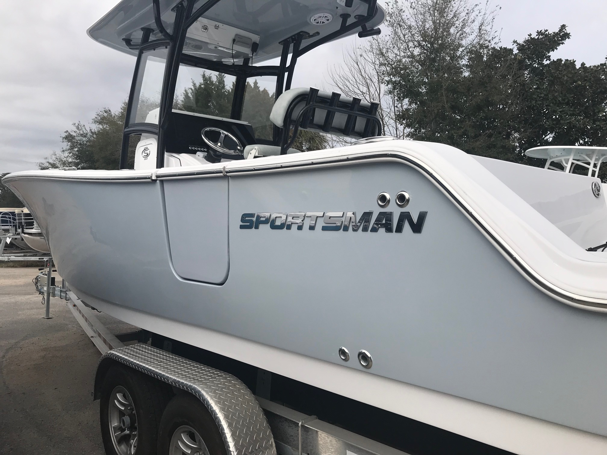 Sportsman Boats Open 252 Center Console
