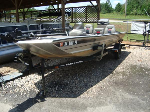 Bass Tracker Pro Team 18 Jet