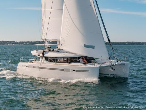 Lagoon 450 s Catamaran Lagoon 450 S