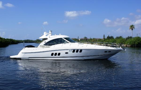 Sea Ray 610 Sundancer Profile