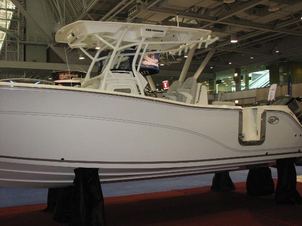 Sea Fox 288 Commander Port Profile