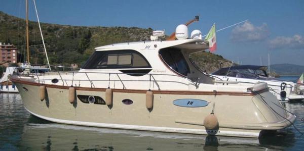 Abati Yachts 46 Newport