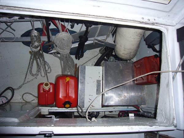 Large cockpit locker