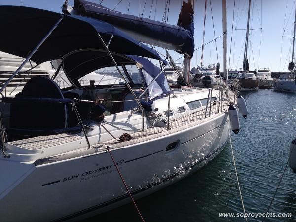 Jeanneau Sun Odyssey 49i Performance Jeanneau SO 49i Performance - Exterior - Mainsail - Genoa - Bimini - Sprayhood - Dinghy