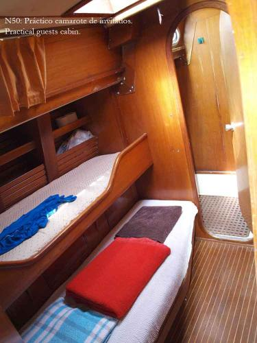 Nautor guest's cabin port
