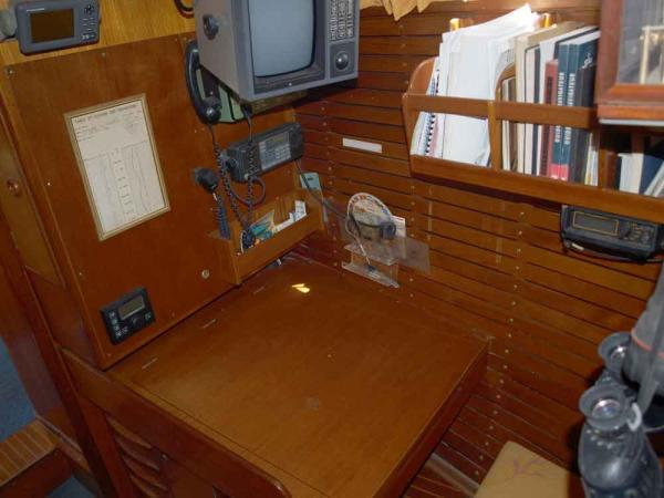 Nautor 50, chart table