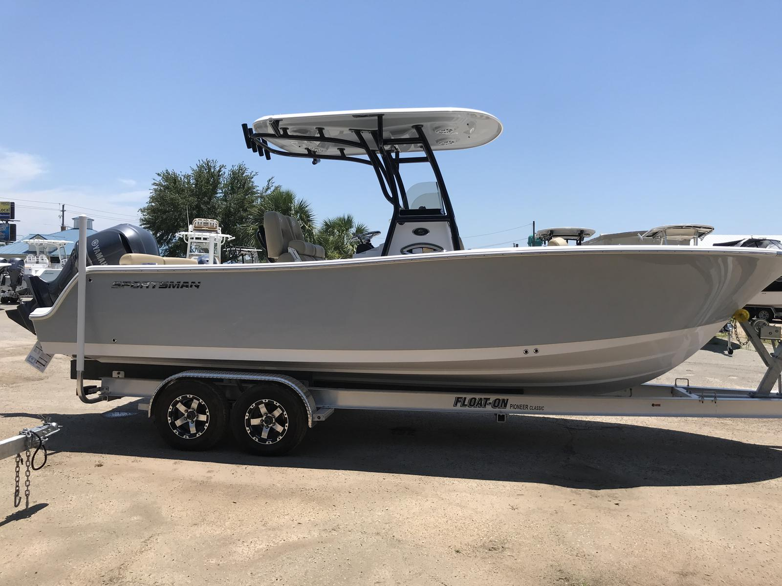 Sportsman Boats Heritage 241 Center Console