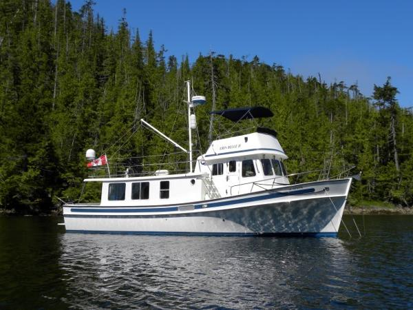 Pacific Trawler 40 Pilothouse Flybridge