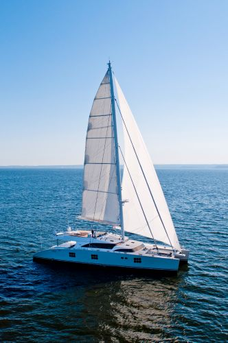 Swellyachting catamaran