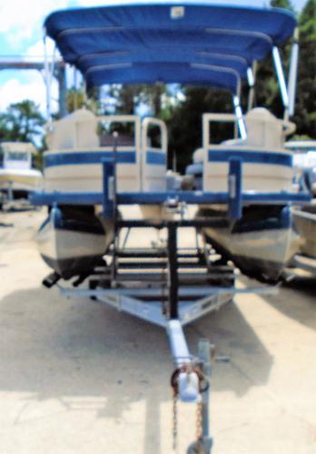 Crestliner Angler 2285