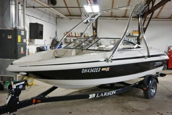 Larson 850 LX
