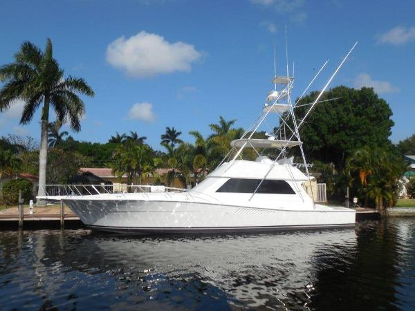 Viking 58 Convertible Profile