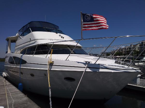 Carver 466 Motor Yacht 2005 Carver 46 Motor Yacht