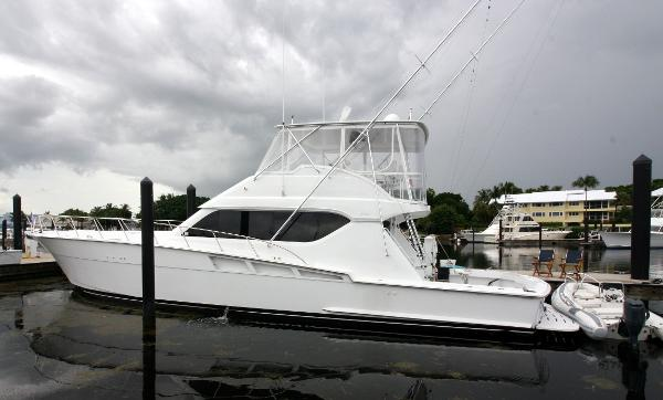 Hatteras 60 Convertible Port Profile