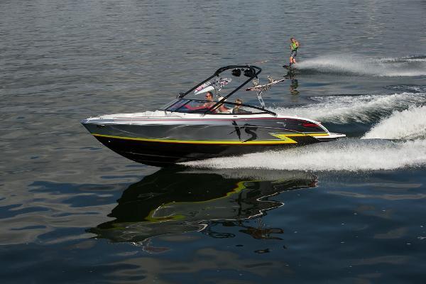 Formula 270 Bowrider XS