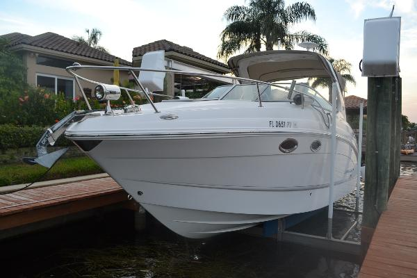Chaparral 270 Signature Port Bow