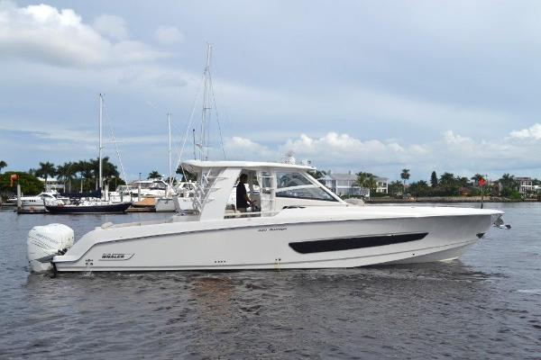 Boston Whaler 420 Outrage Profile