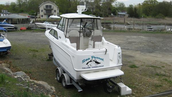 Bayliner 2452 Cuddy