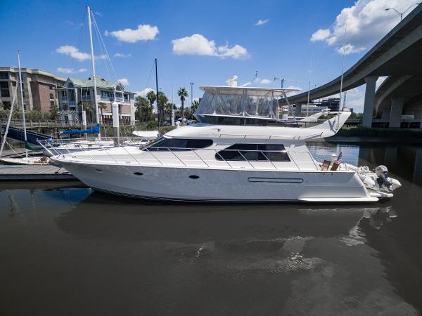 Offshore Camargue 49 Motor Yacht