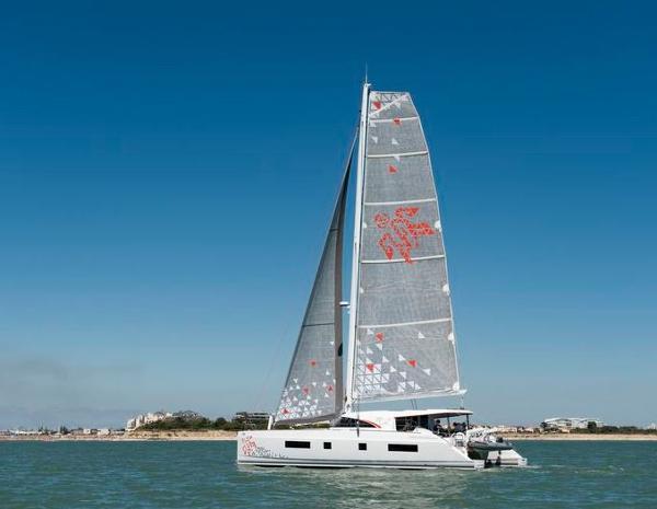 Nautitech 542 Sails
