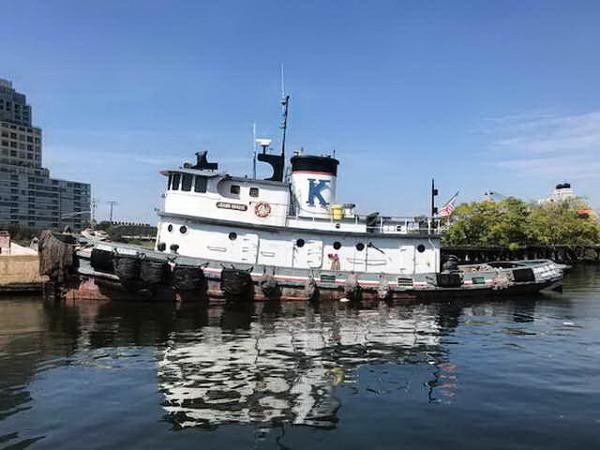 Tugboat Ex-Army ST Tug