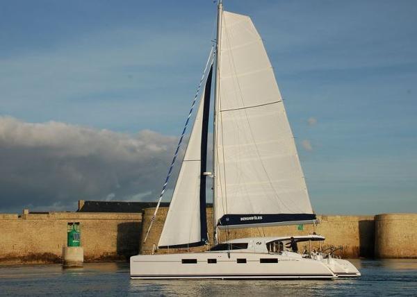 Nautitech 482 Sailing