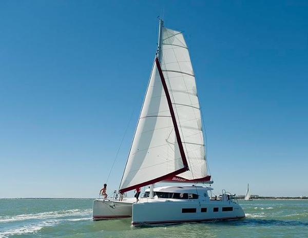 Nautitech 442 Sailing