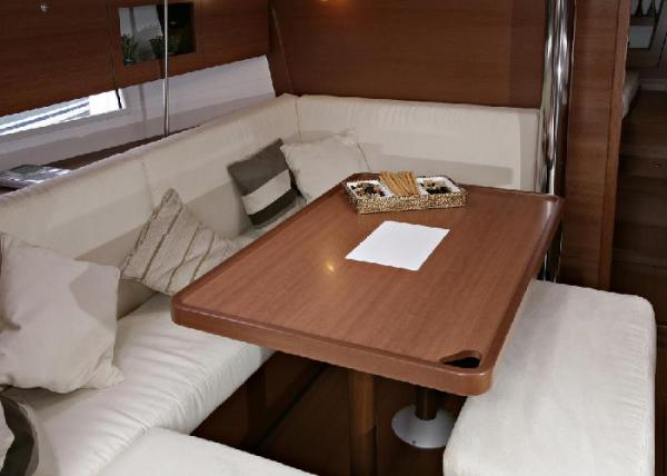 Dufour 380 GL - Saloon dining area