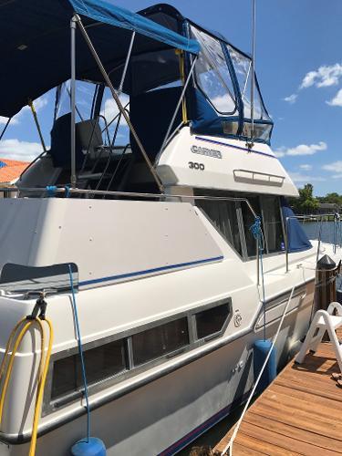 Carver 300 Aft Cabin Cruiser 1994 Carver 300 Aft Cabin Edwards Yacht Sales
