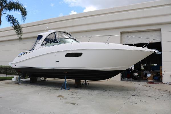 Sea Ray 370 Sundancer AXIUS