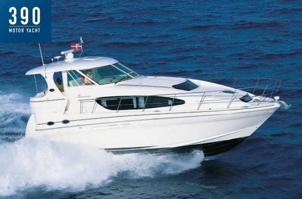 Sea Ray 390 Motor Yacht Manufacturer Provided Image