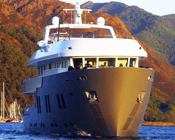 Custom Saba Yacht 35m Motor Yacht 'B-Nice'