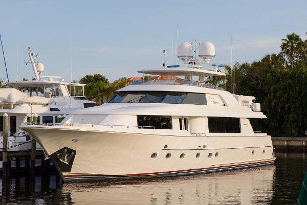 Westport Raised Pilothouse Profile