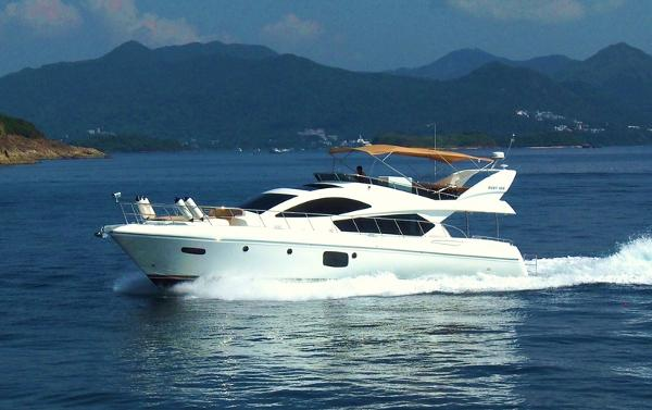 Grand Harbour Ruby Motor Yacht Running
