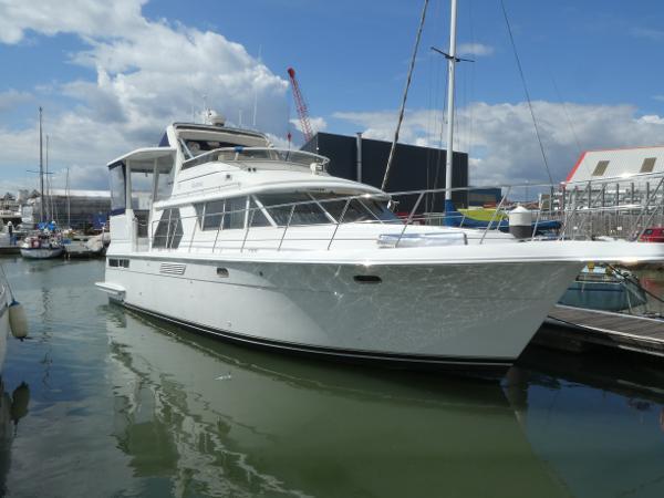 Carver 445 Aft Cabin Motor Yacht Carver 445