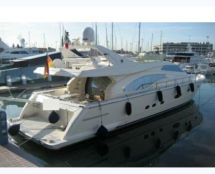 Ferretti Yachts 680 EXT