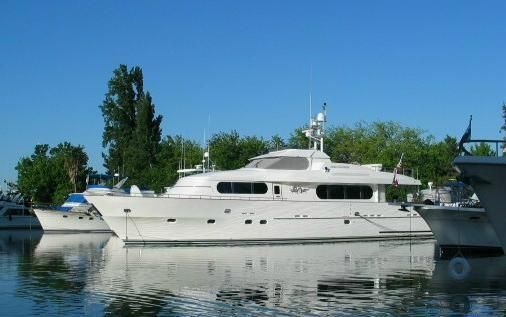 Grand Harbour Motor Yacht 80